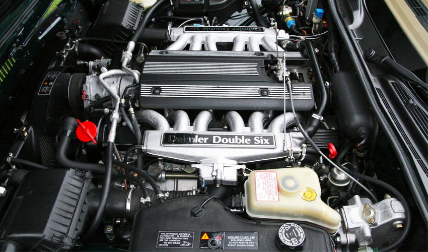 Quanto Custa Retificar um Motor do Jaguar Daimler Double Six 6.0 V12 XJ12 Oficinas Mecanicas em São Paulo SP Manutenção Jaguar